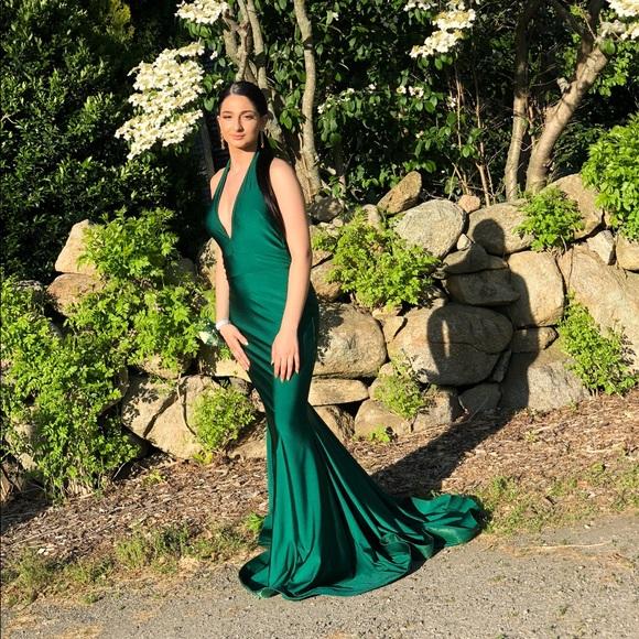 Jessica Angel Dresses & Skirts - Jessica Angel Emerald Green Prom Dress